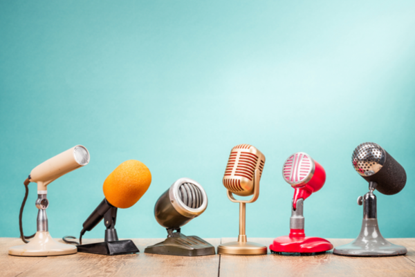 Micrófonos de distintos estilos