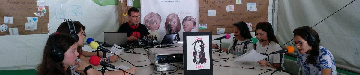 Radio «Somos Carolina» en directo desde la Feria del Libro de Mérida